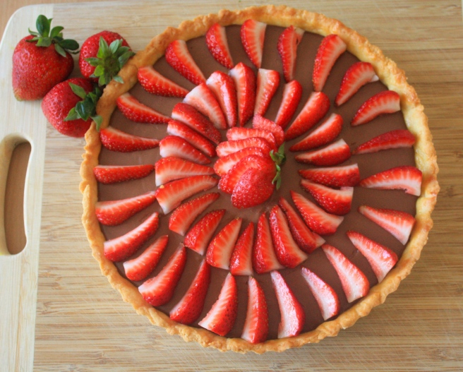 Dark chocolate mousse tart with strawberries