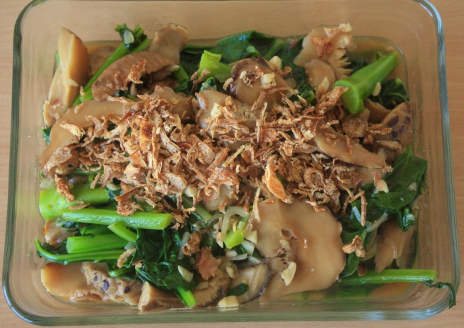 Kailan with mushrooms and fried shallots